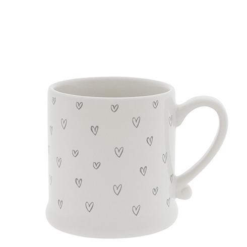 Mittlere Tasse mit vielen Herzen, Bastion Collections