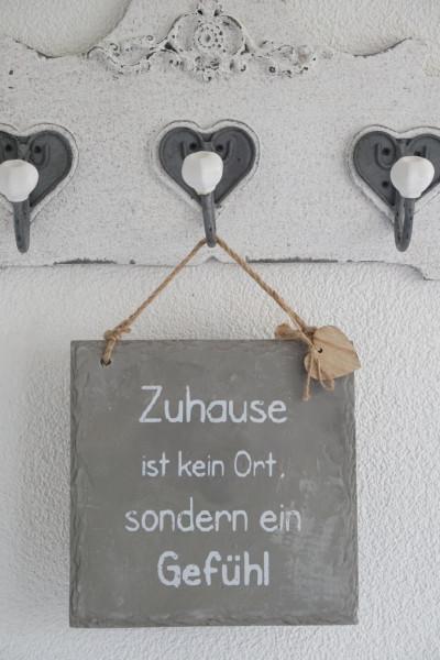 """Betonschild """"Zuhause"""""""