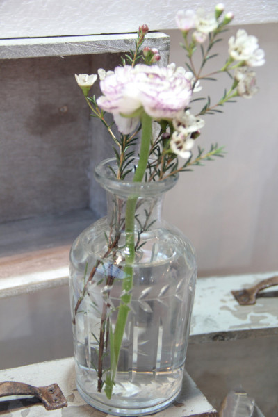 Vase Glas mit Schliff (Ranke)